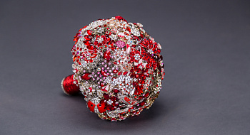 Bouquet of brooches #9