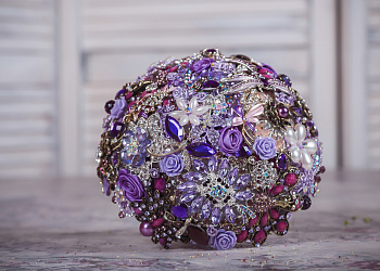 Bouquet of brooches #6